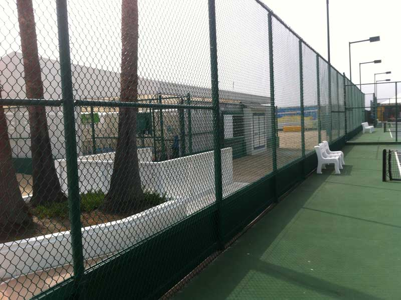 chain link fence in los angeles