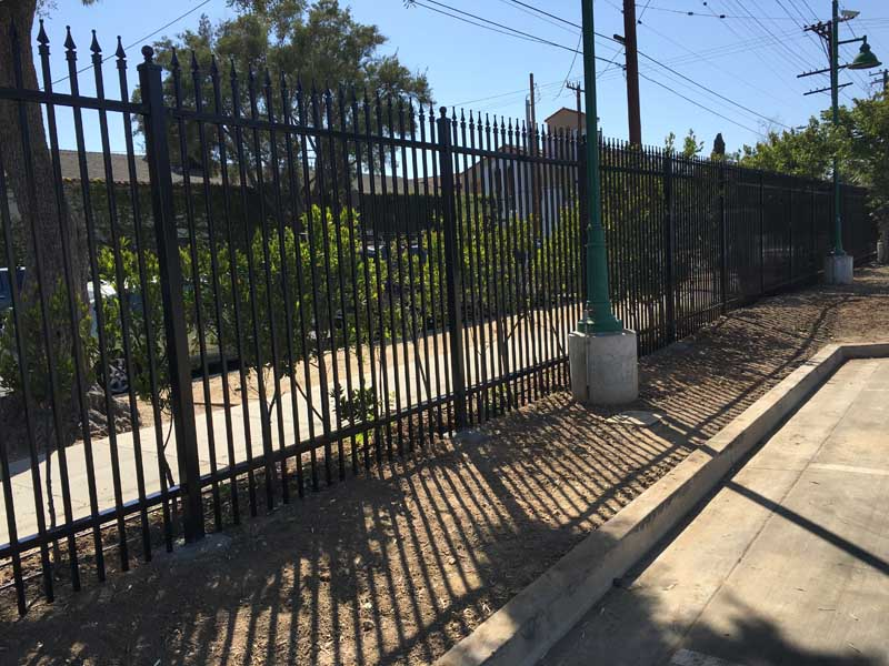 wrought iron fence in los angeles