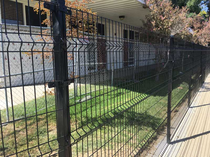 welded wire fence company in los angeles