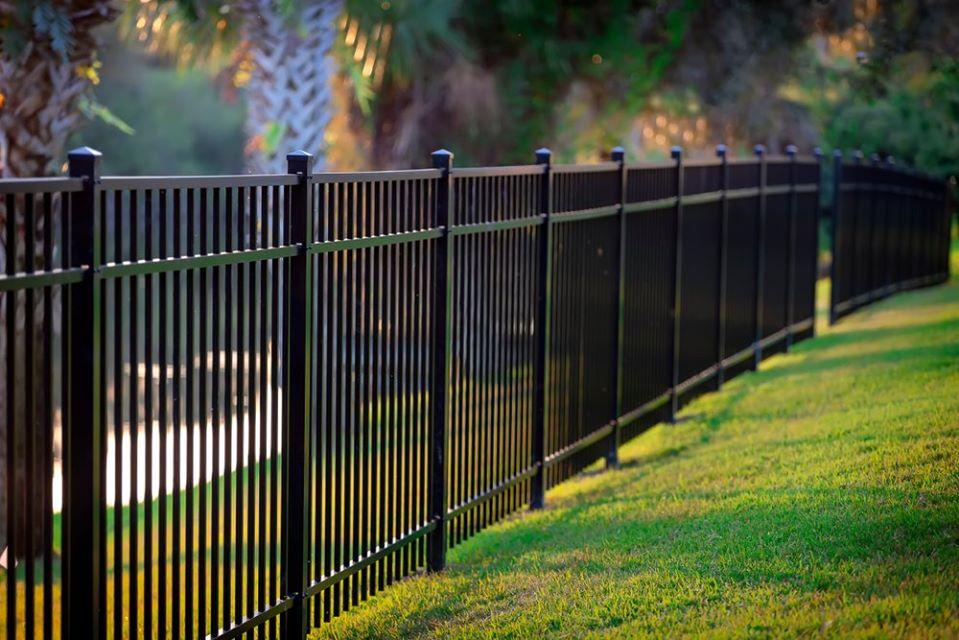 fencing in Los Angeles