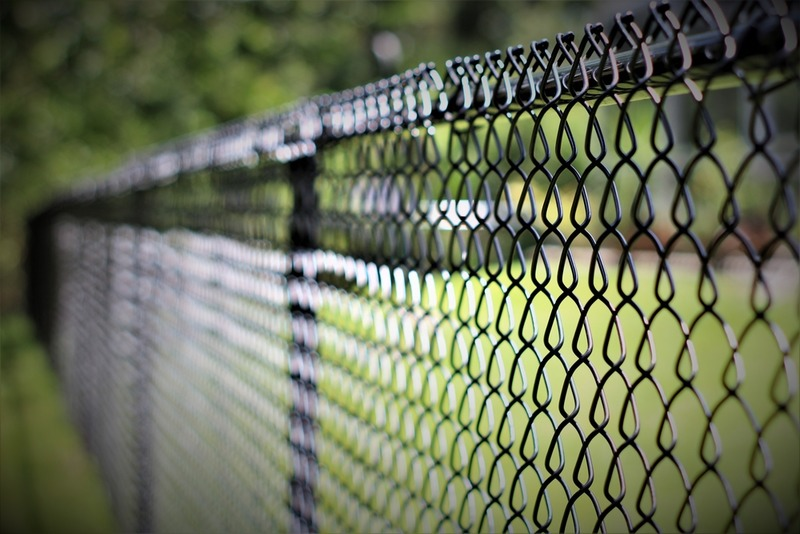 improve security with chain link fence installation in los angeles